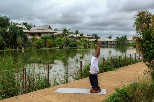 The LifeCo Phuket'te Göl Kenarı Yoga Seansı