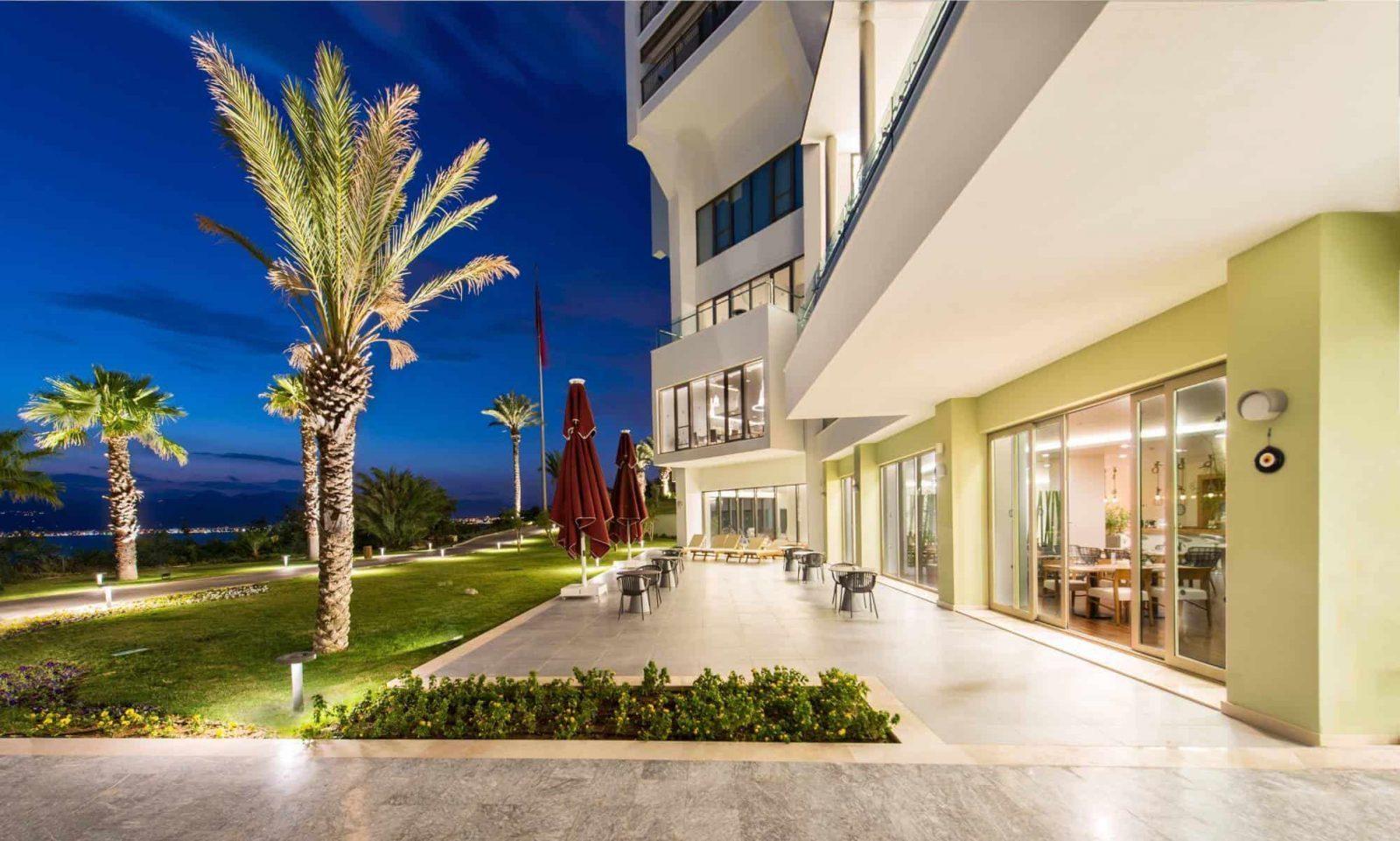 The LifeCo Antalya outside