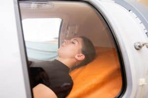العلاج بالأكسجين عالي الضغط (HBOT)